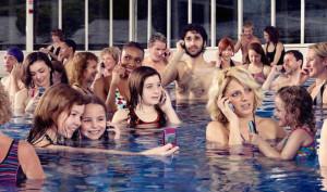 mobile_phones_swimming-374261